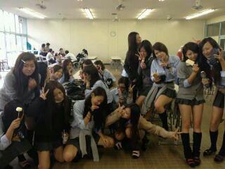 平野高等学校制服画像