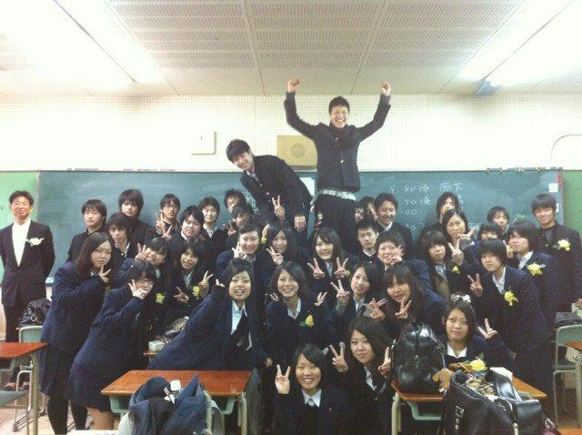 東淀川高等学校画像